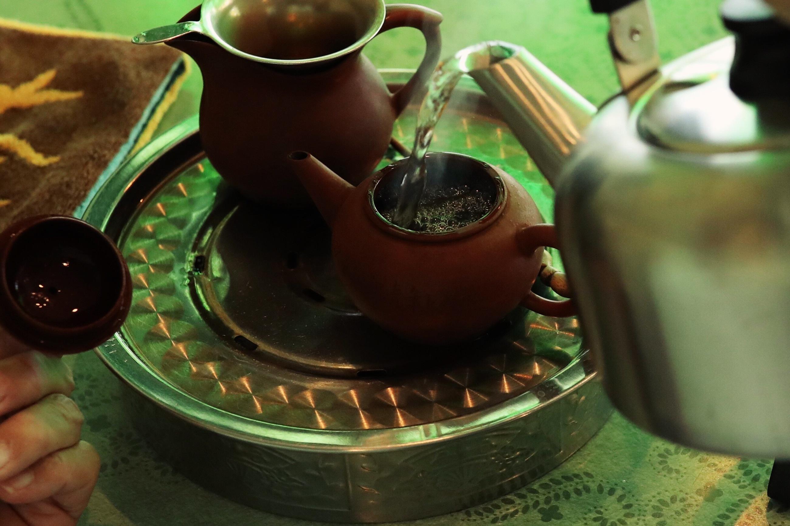 バンブー茶館 高知市の高級中国茶専門店