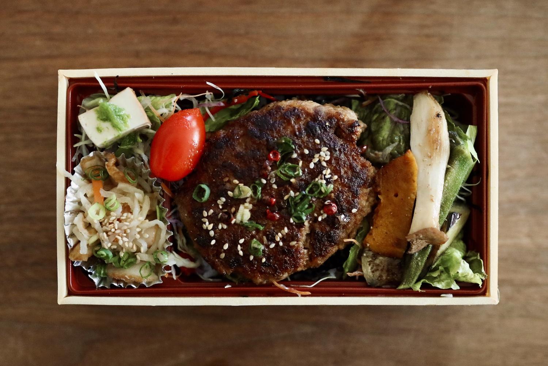 アラプランチャ幸(こう)|南国市・鉄板焼きコース料理がリーズナブルに楽しめるステーキハウス。