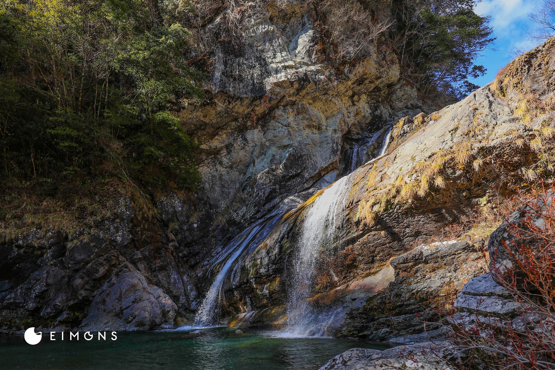 アメガエリの滝|土佐町・瀬戸川渓谷の巨瀑!マイナスイオン溢れるパワースポット。
