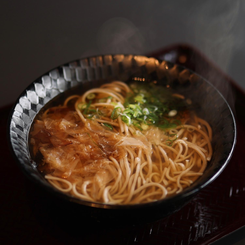 土佐更科 宝永店| 高知市・路面電車通り沿いの手打めん処
