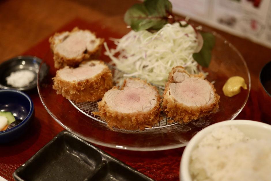 紅豚(ぽるころっそ)|高知市高そね・窪川ポーク米豚とんかつ専門店