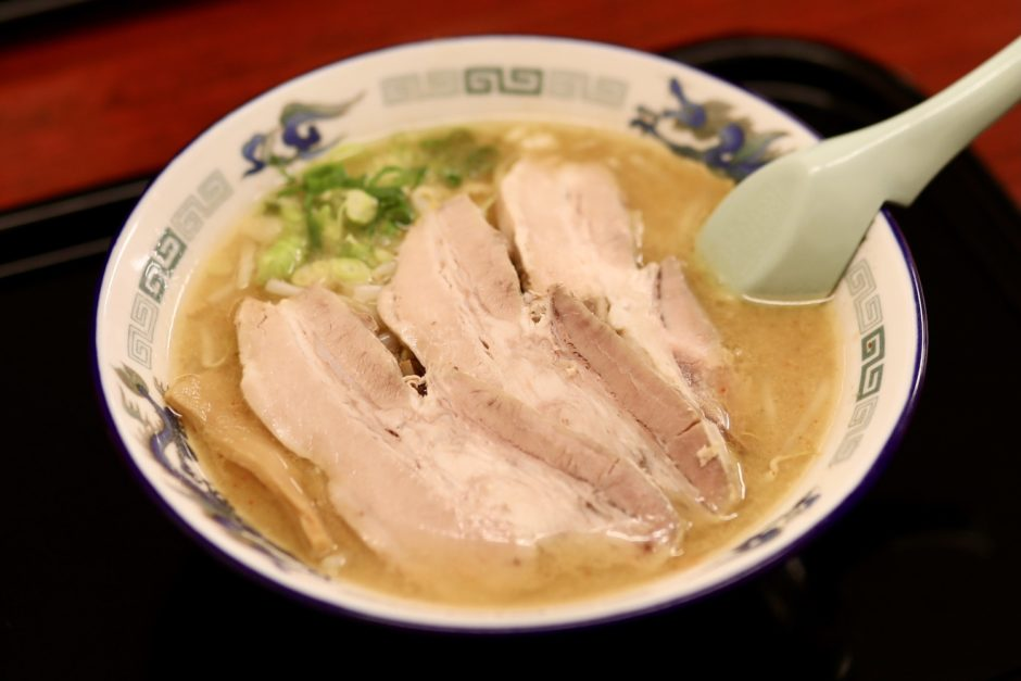 鈴木食堂(高知市) こってり好きにはたまらない味噌ラーメン店