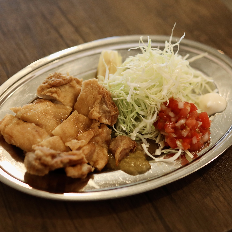 チカーノ食堂(高知市)|薫的神社近く!洞ヶ島にあるカレーとチキンのうまい店。